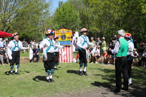 A bumper May Fayre basks in the sunshine